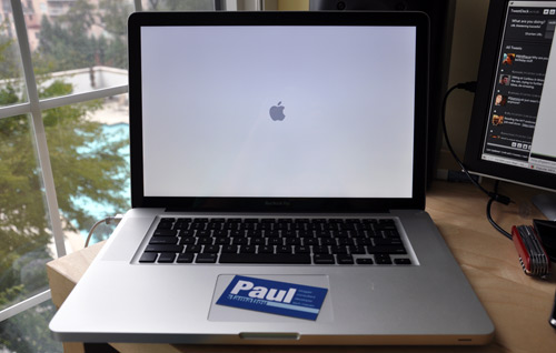 New Apple MacBook Pro Booting - 2.53GHz