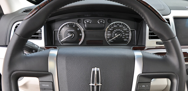 Gauge Cluster - 2009 Lincoln MKS Luxury Sedan