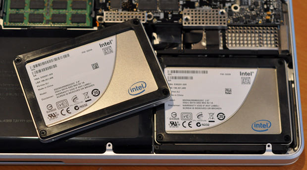 Two Intel X25-M G2 80GB Solid State Drives in a 17-inch Unibody Apple MacBook Pro