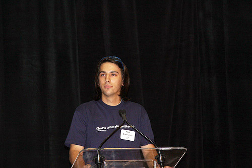 Paul Stamatiou pitching Skribit at Startup Riot 2008