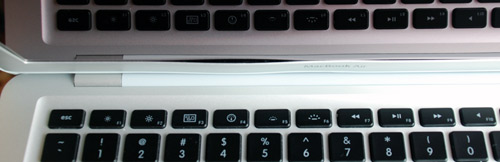 MacBook Air Bezel Bent