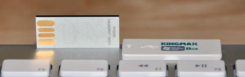 Kingmax Super Stick 8GB USB Flash Drive Opened