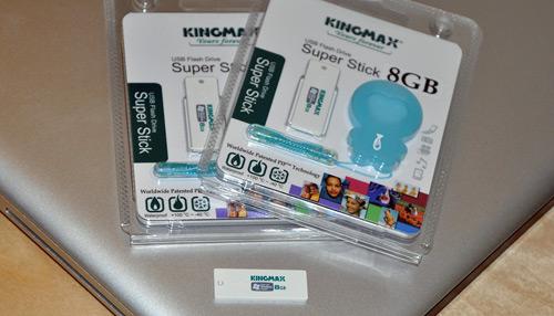 Kingmax Super Stick 8GB USB Flash Drive
