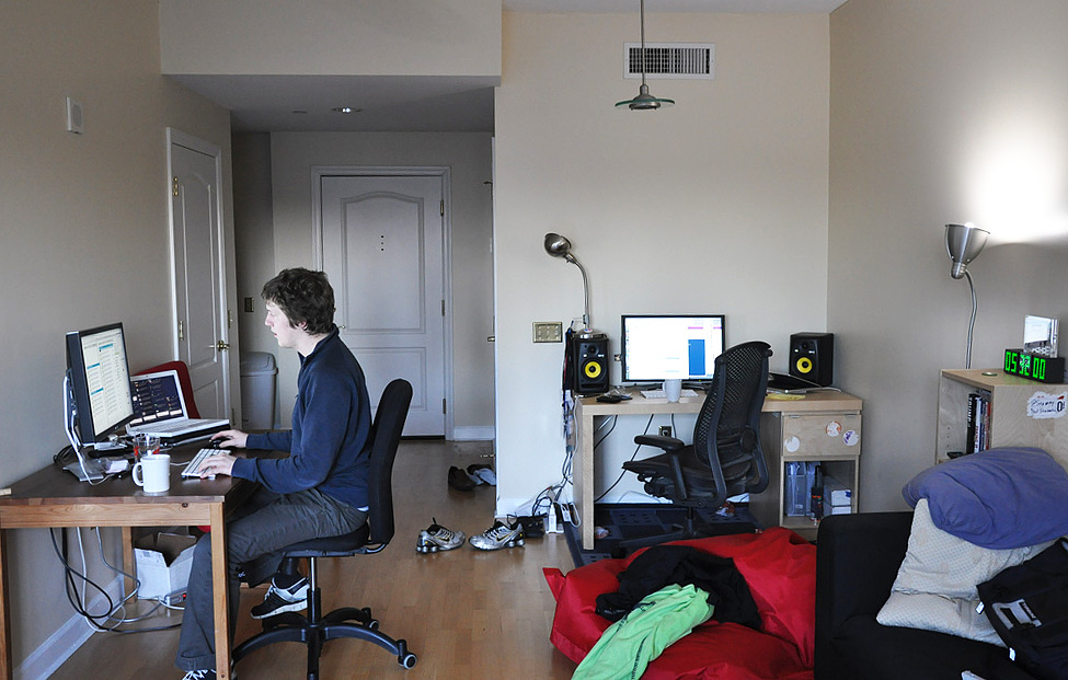 makeshift office. Makeshift Office. Skribit Office - Paul Stamatiou And Justin Ruckman F