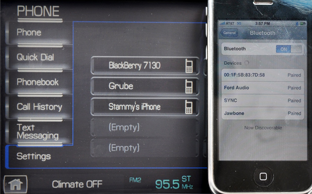 Pairing iPhone - 2009 Lincoln MKS Luxury Sedan