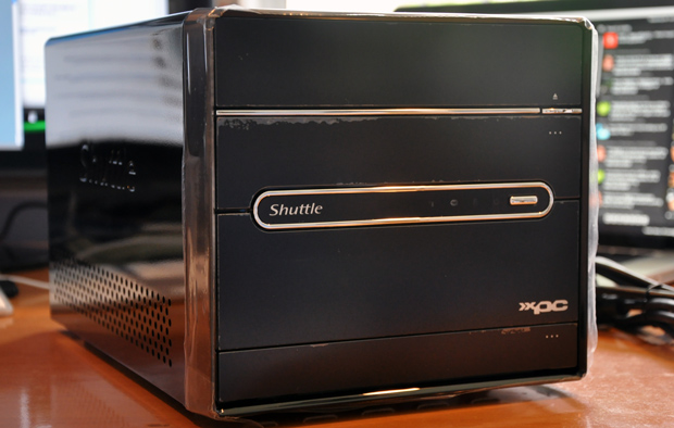 Shuttle SX58H7 unboxed