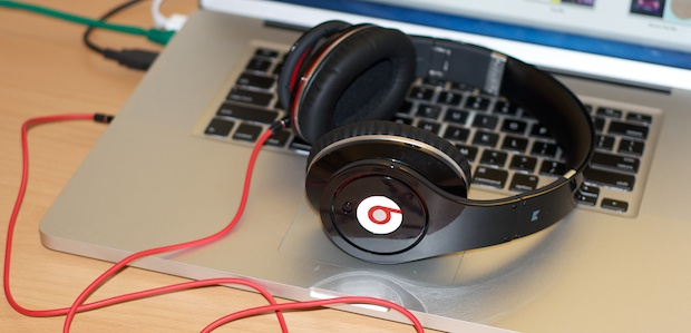 Beats Studio Headphones with Apple MacBook Pro