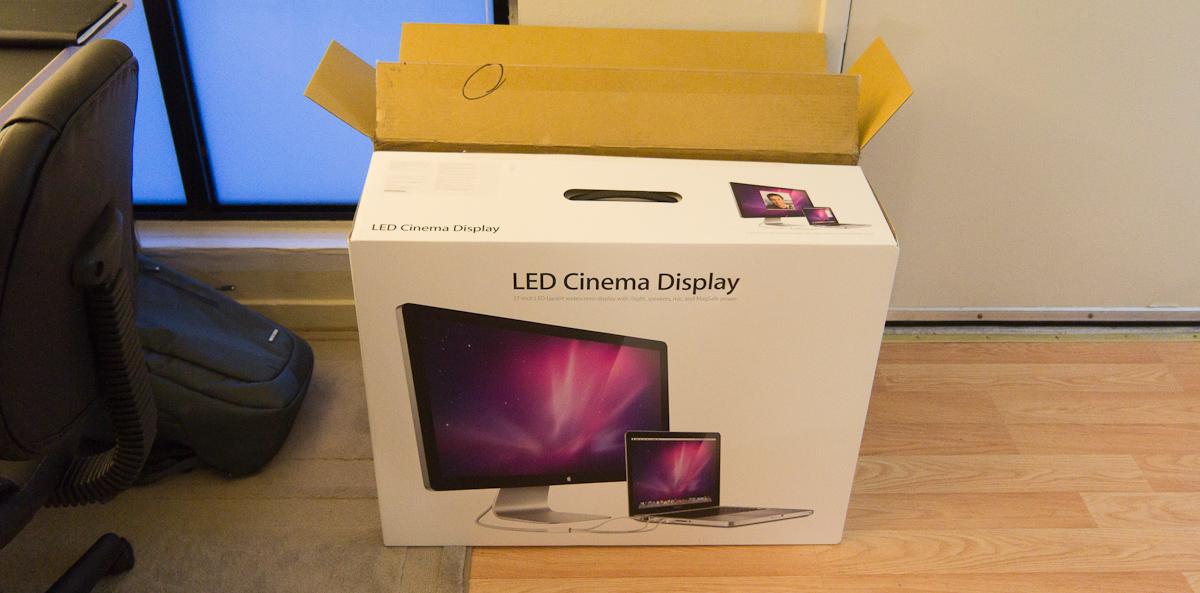 Review: Apple 27-inch LED Cinema Display — PaulStamatiou com