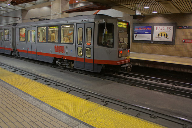 MUNI Train in HDR