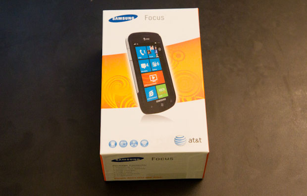 Samsung focus wp7 front box