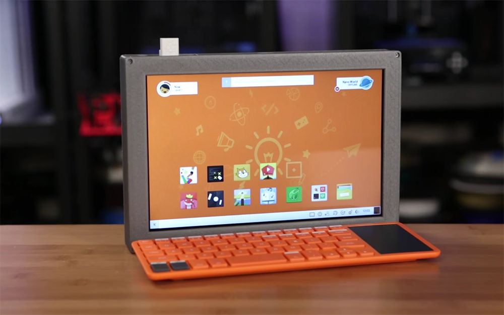 Portable Pi Desktop computer