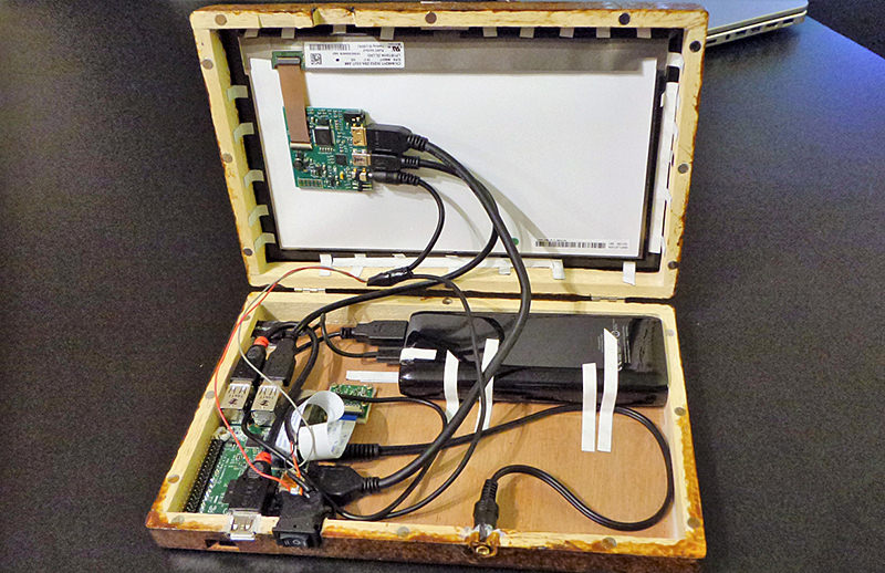 Portable Pi tablet computer